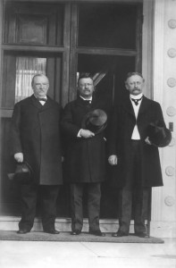 Ex-President Grover Cleveland, President Theodore Roosevelt, Ex-Secretary of the Interior David R. Francis at the World's Exposition in St. Louis, 1903